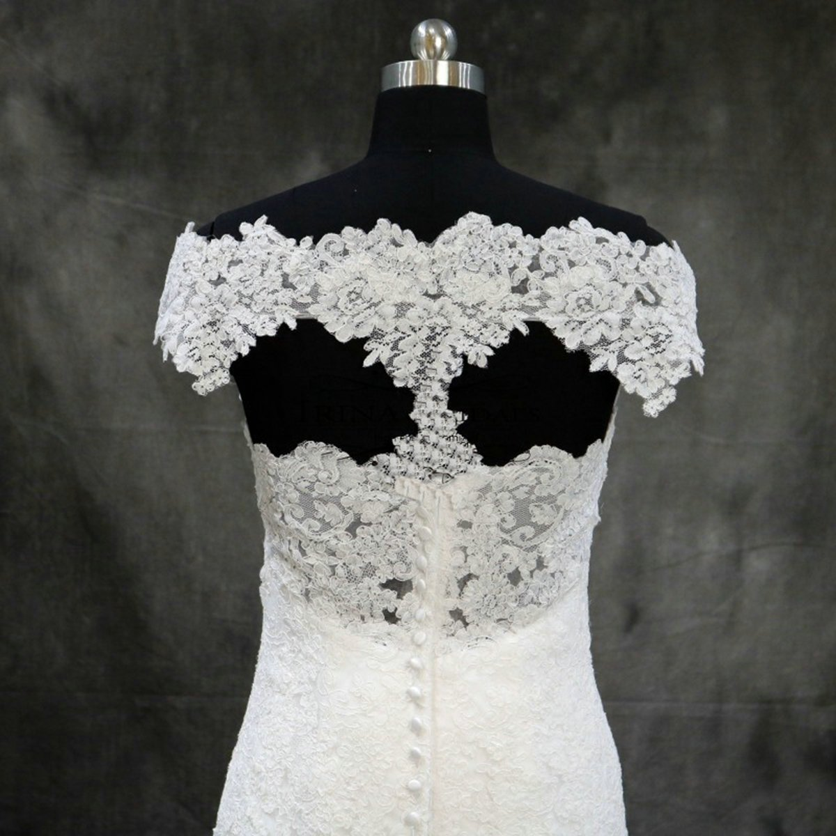 Girls Dress 2018 Vestidos de Novia Con Encaje Boat Neck Lace Appliques Mermaid Keyhole Back Wedding Dress for Bridal at Amazon Womens Clothing store: