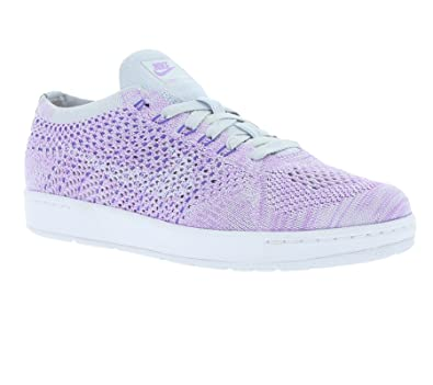 Nike Women s Tennis Classic Ultra Flyknit Pure Platinum White Tennis Shoe 6  Women US  Buy Online at Low Prices in India - Amazon.in 343650360