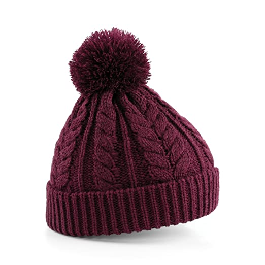 6f5fa6b2ca0 Amazon.com  Beechfield Unisex Heavyweight Cable Knit Snowstar Winter Beanie  Hat  Clothing