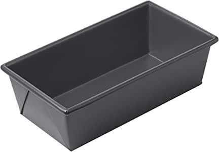 Chicago Metallic Professional 1-Pound Non-Stick Loaf Pan, 8.5-Inch-by-4.5-Inch