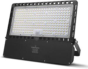 LED Flood Light 200W, Super Bright Sercurity Lighting Outdoor, IP65 Waterproof Garage Work Light, 25000lm 5000k Cool White Floodlight for Parking Lots, Backyard, Garden, Basketball Court, Stadium