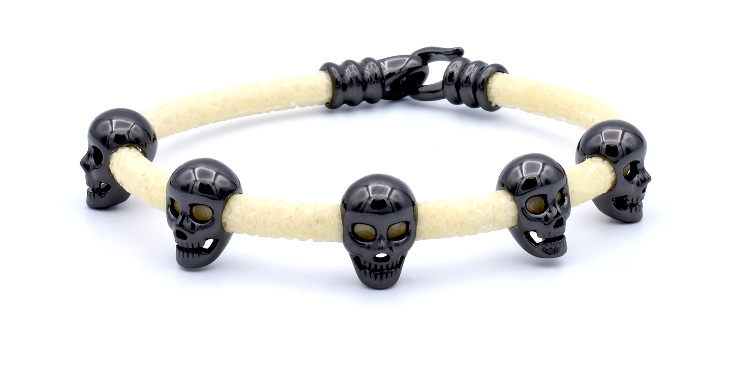 Double Bone White Stingray Bracelet with Black Skulls Medium 19 cm (7.5 in) DBMK00BW