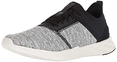 96c0d37a22a2 Reebok Women s Astroride Edge Running Shoe Knit-Black Chalk 5 ...