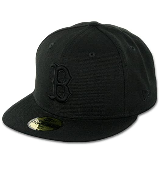 New Era Boston Red Sox Black On Black 59fifty Fitted Cap Limited Edition   Amazon.es  Ropa y accesorios 4683fb8b107