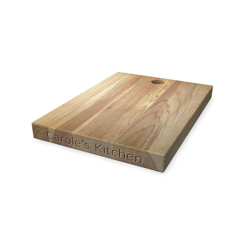 Tabla de cortar de madera personalizada ideal para picar/cortar o presentar los alimentos que prepares, hecha de roble macizo de alta calidad. Un regalo perfecto para amigos y familiares - con el diseño Faceless