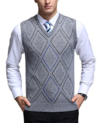 5aaa8a556c0082 Men s V-Neck Argyle Pattern Sweater Vest Cardigan Knitted Waistcoat at  Amazon Men s Clothing store