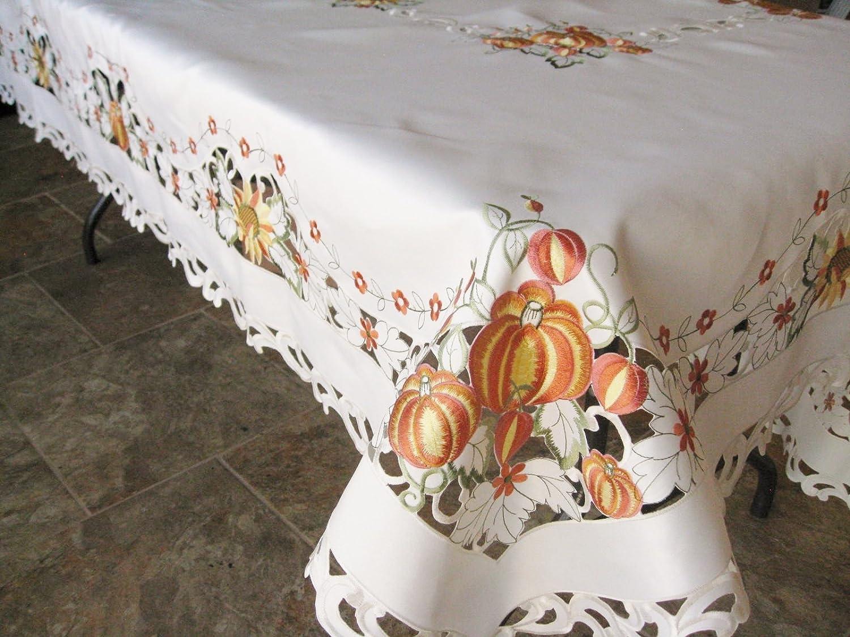 Pumpkin Round Tablecloth 68 x 68 Cream SAINTY H7855//P- 68x68