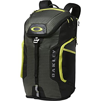 5130c375a1 Oakley Link 29 Litre Training Athlete Back Pack Ruck Sack Dark Brush ...