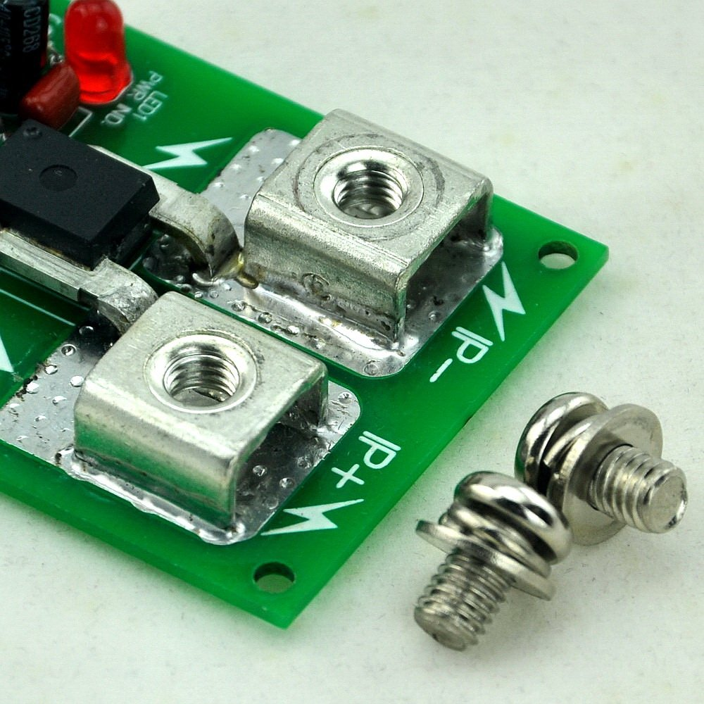 based on ACS758 //-50Amp AC//DC Current Sensor Module Electronics-Salon DIN Rail Mount