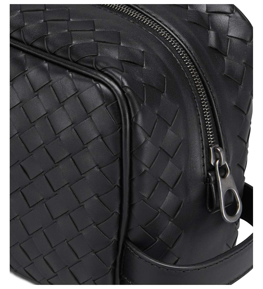 6422bf3300 Bottega Veneta Intrecciato Leather Wash Bag Travel Toiletry Pouch Black   Amazon.co.uk  Luggage