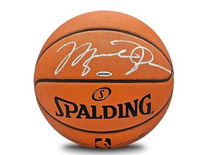 newest 0070a 2536f Michael Jordan Autographed Spalding NBA Official Game ...