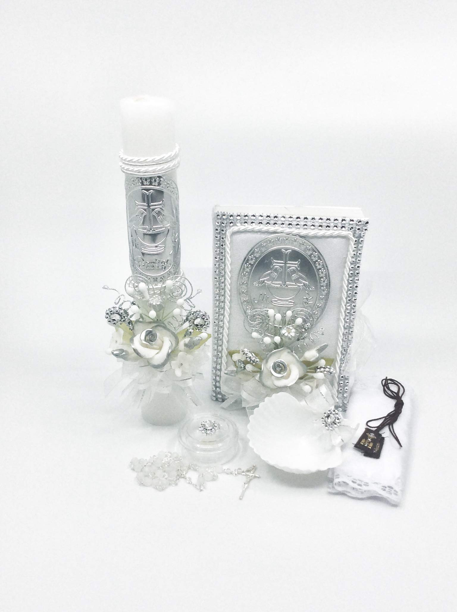 Casa Ixta Baptism Candle Set with Embossed