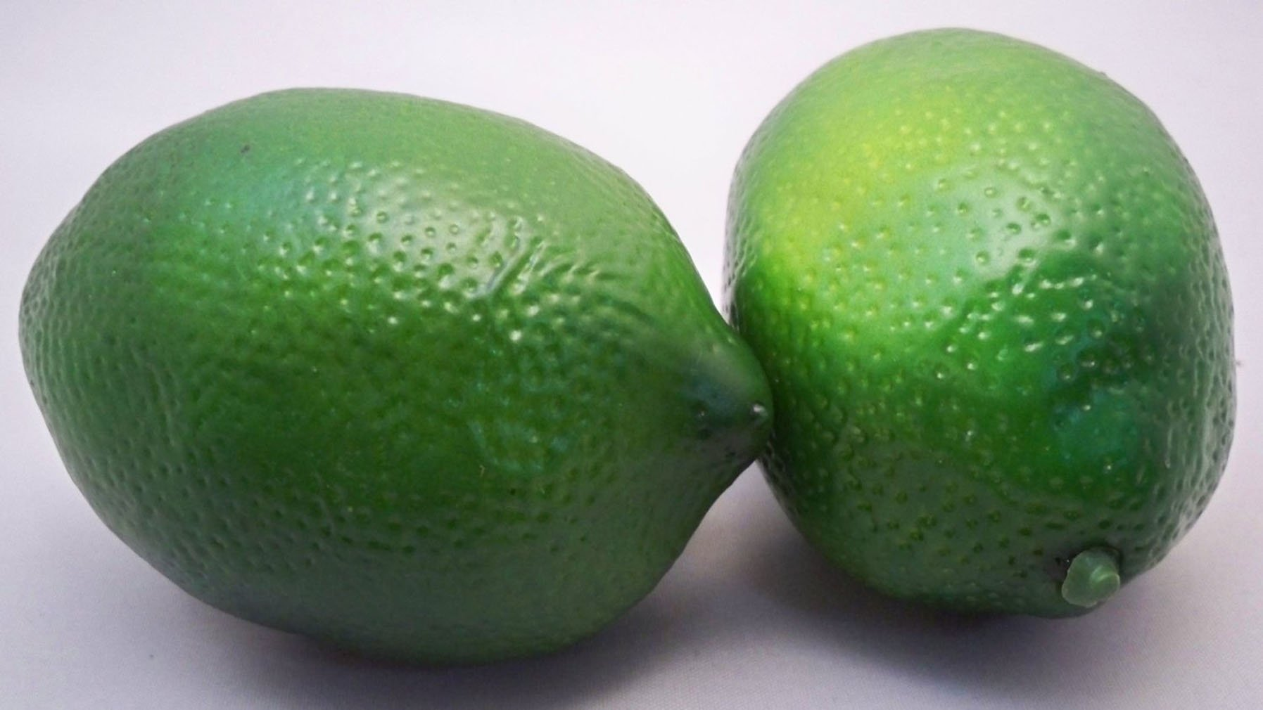 RuiChy 4 Large Best Artificial Limes Decorative Fruit by RuiChy (Image #3)