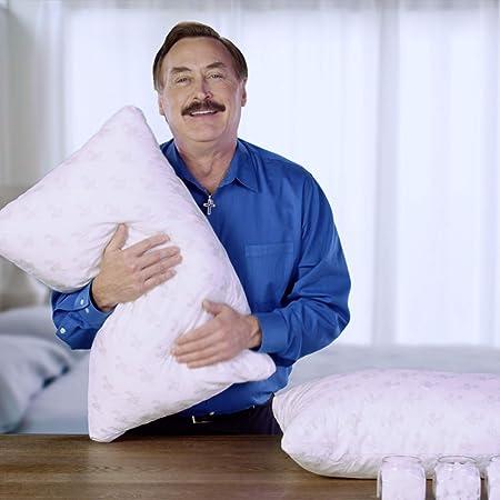 """My Pillow Classic White Medium Fill Standard// Queen 18.5/"""" x 28/"""" pillow New"""