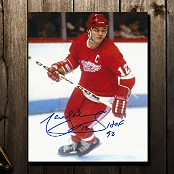 Signed Dionne Photograph - HOF 8x10 - Autographed NHL Photos at ... d48e63acd
