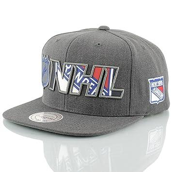 e25d917acc9eb Mitchell   Ness New York Rangers Insider Reflective Snapback NHL Cap   Amazon.co.uk  Sports   Outdoors