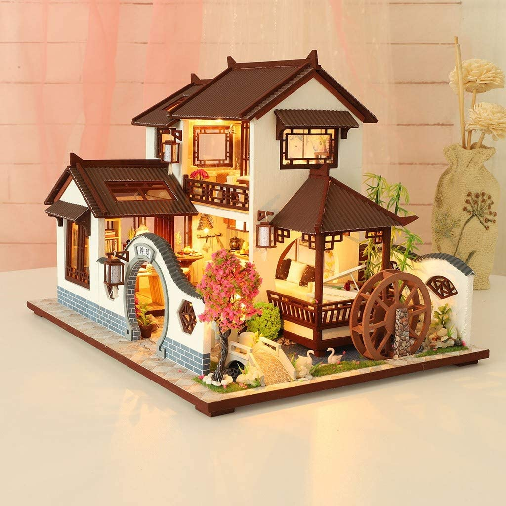 DIY Miniature Wooden Dollhouse Kid Handcraft Assembled Toy Doll Villa Cottage HH