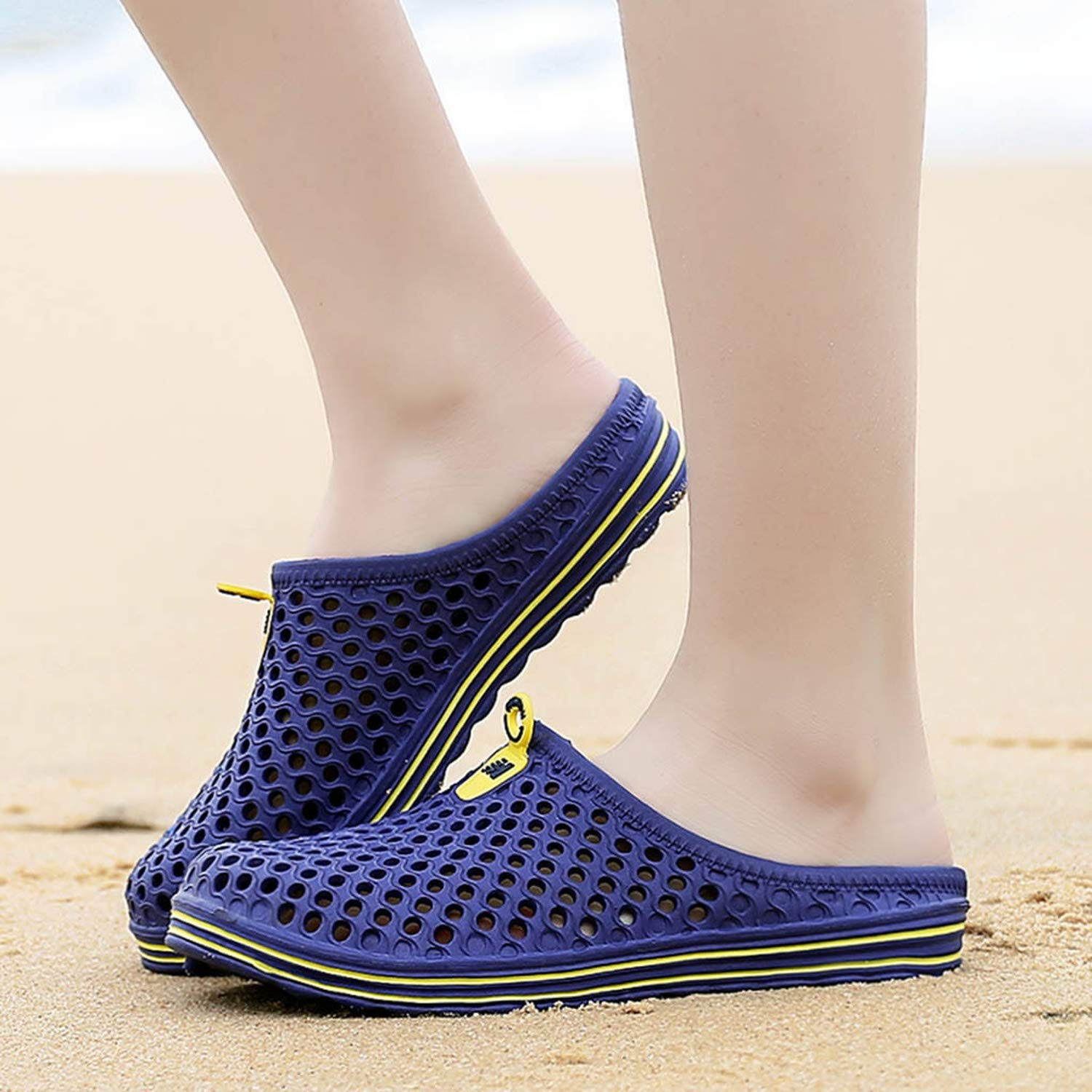 Mywine Mens Womens Beach Sandals Hollow Out Casual Breathable Slippers Flats Shoes Chaussure Plate Femme Printemps ETE,Blue,5.5
