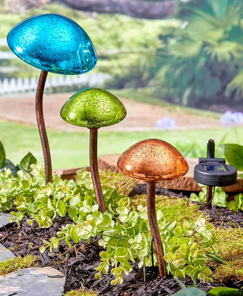 The Lakeside Collection Set of 3 Mushroom Garden Lights by The Lakeside Collection