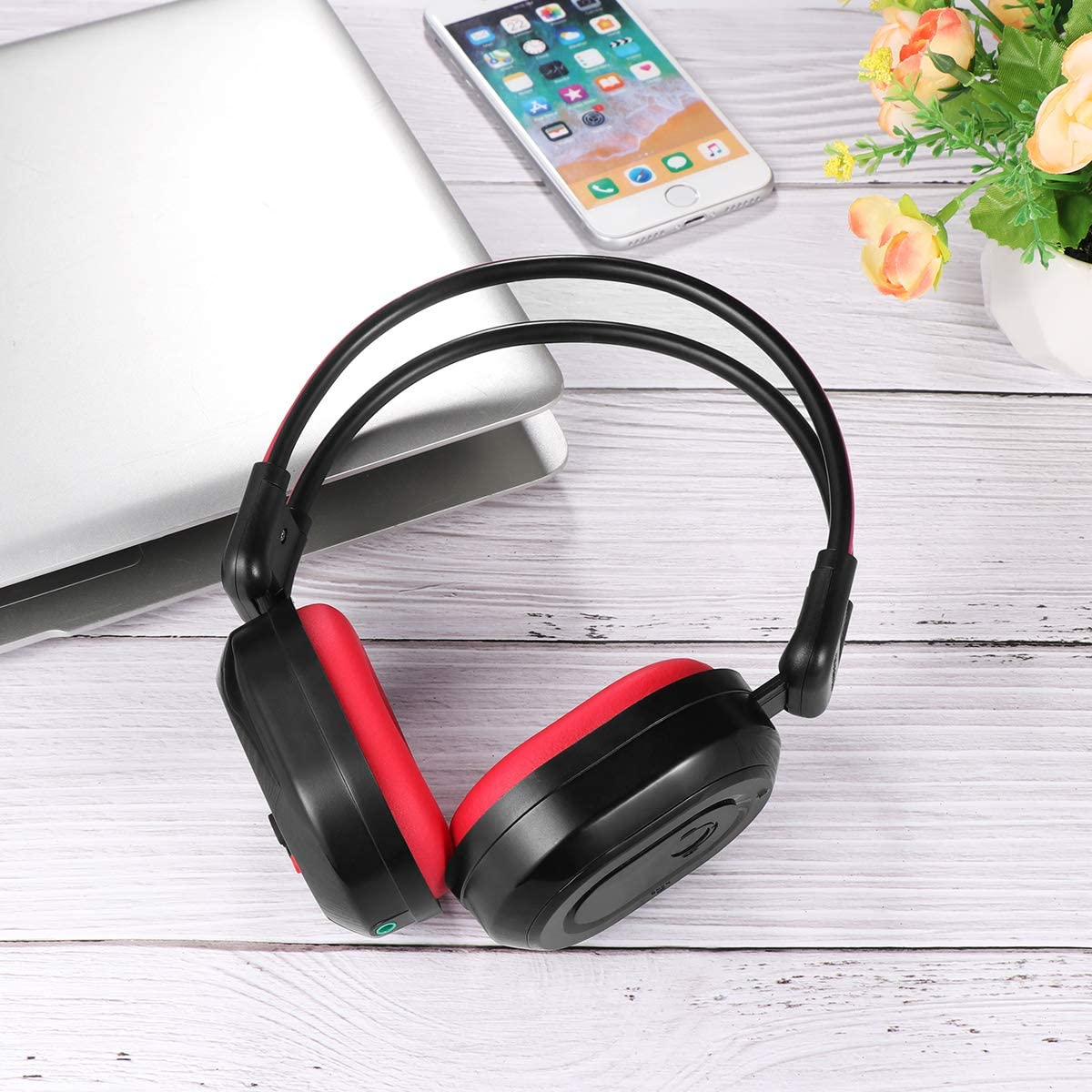 Foldable Wireless Headphone Portable FM Stereo Headset Radio (Black Red)