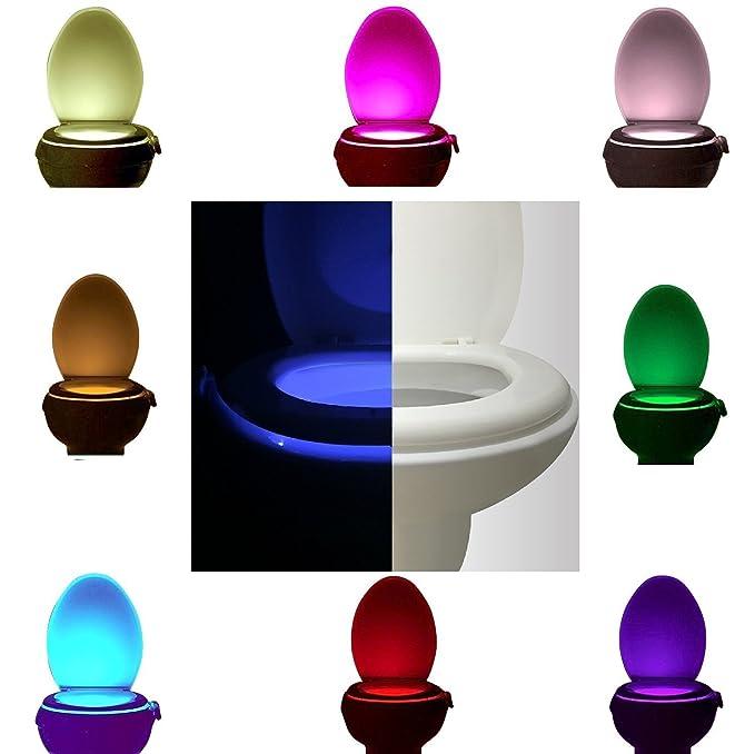 Hemore LED WC Noche luz Sensor de movimiento LED WC luz activada baño luz Noche 8 cambio de Color - - Amazon.com