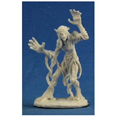 Bones Sea Hag Miniature Reaper: Toys & Games