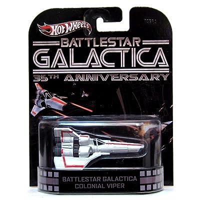 Hot Wheels Retro Battlestar Galactica 35th Anniversary 1:64 Die Cast Vehicle Colonial Viper: Toys & Games