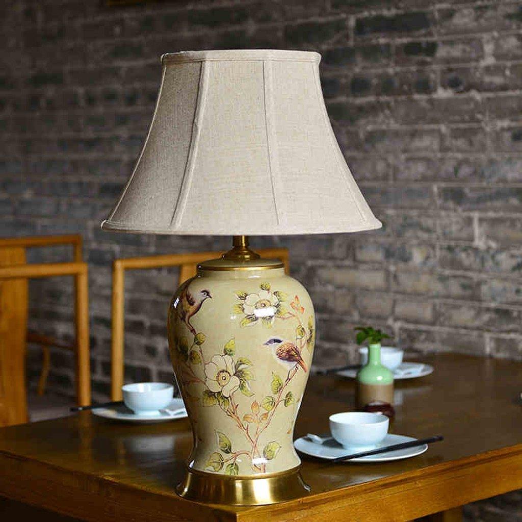 ZXW Amerikanische Schlafzimmer Nachttischlampe Keramik neoklassischen Kreative Mode Wohnzimmer-dekorative Tischlampe Keramik Material Schnitzen Prozess Button Switch E27 Lichtquelle