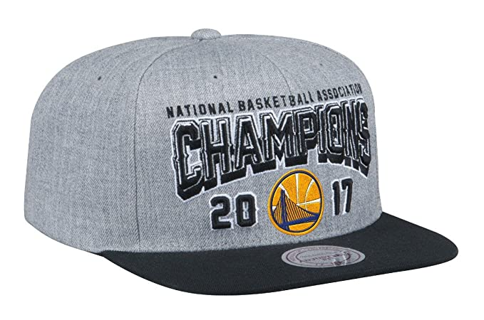 separation shoes 22043 4bc91 Image Unavailable. Image not available for. Color  Mitchell   Ness Golden  State Warriors 2017 NBA Champions Snap Back Hat - Gray