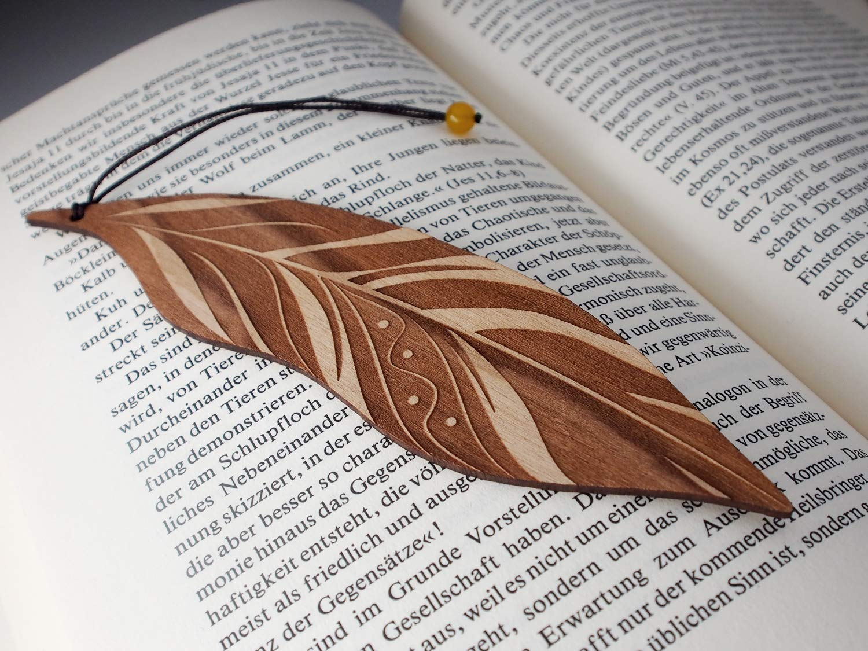MinaturArt Lesezeichen aus Holz Feder