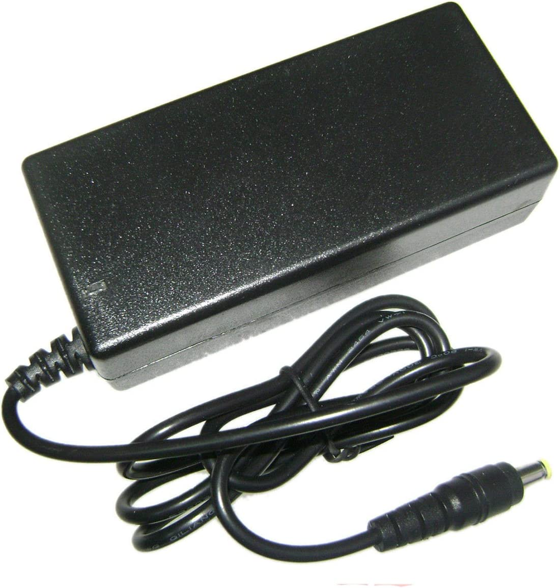 バッテリー充電器16.8 V 2.5 Aインテリジェントスマートfor 14.4 V 14.8 VリチウムイオンLipoセルEUT