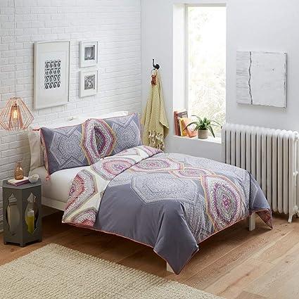 Amazon.com: 3 Piece Pewter Grey Scale Medallion Comforter ...