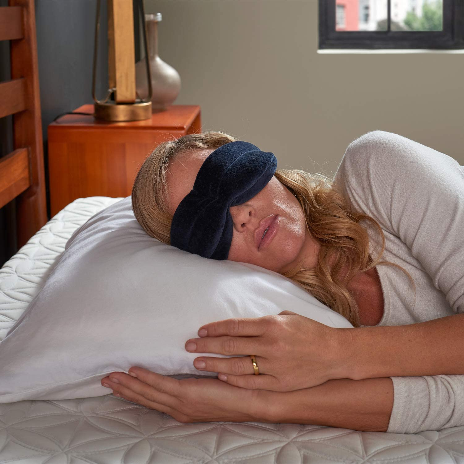 Tempurpedic Sleep Mask New In Box FREE SHIPPING