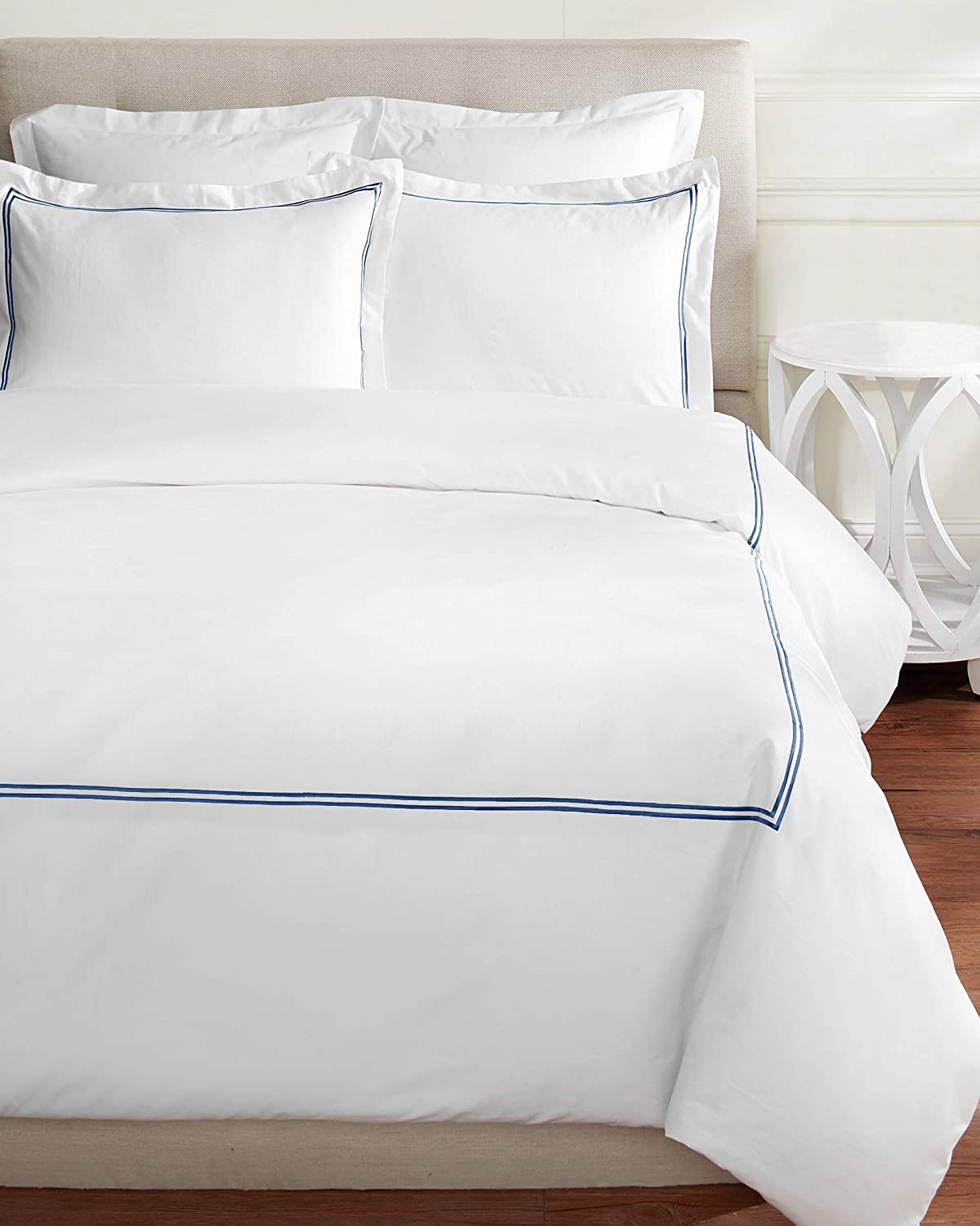 Melange Home 600 Thread Count Sateen 100% Cotton 2 Stripe Embroidery Duvet Set, Twin, Navy on White
