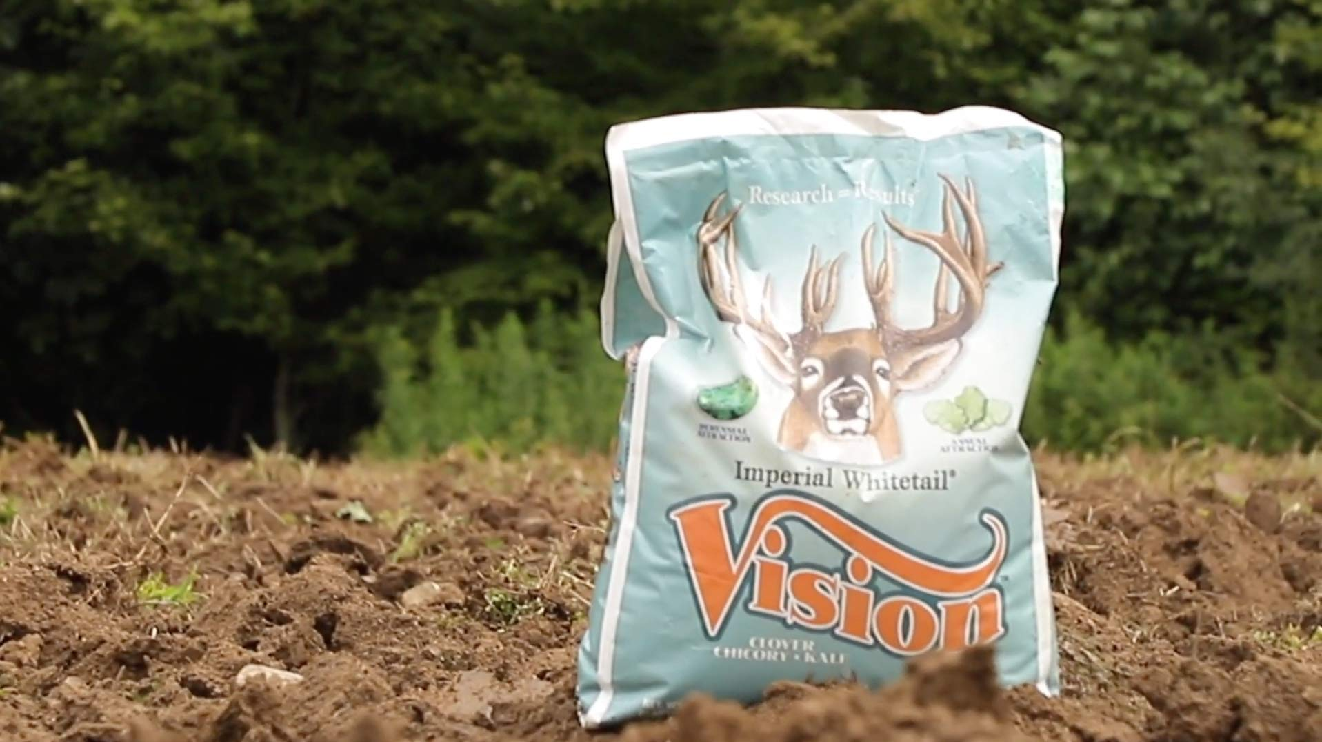 Whitetail Institute Imperial Whitetail VISION Food Plot Seed, 18 Pound by Whitetail Institute (Image #2)