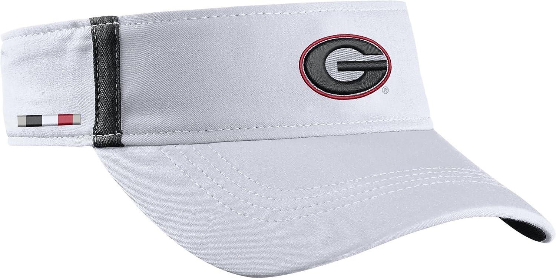 Amazon.com  Nike Men s Georgia Bulldogs White Aerobill Football Sideline  Visor (One Size 867a5694f49