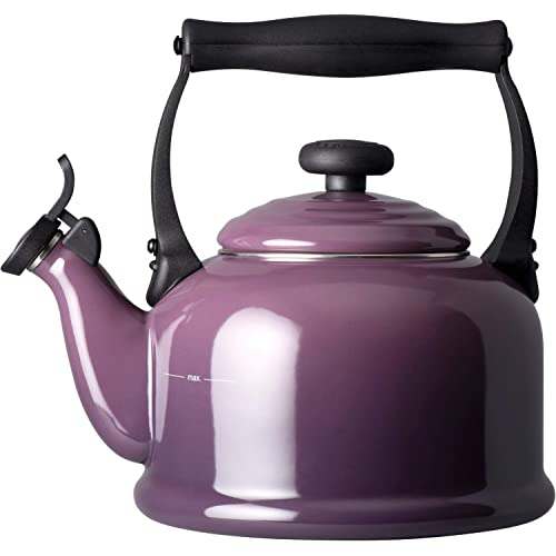 le-creuset-traditional-kettle-2-1-litre-cassis-purple