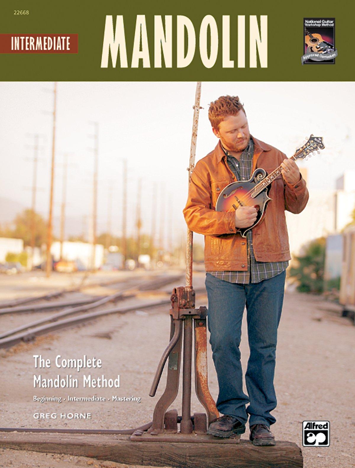 The Complete Mandolin Method -- Intermediate Mandolin: Book & CD (Complete Method)
