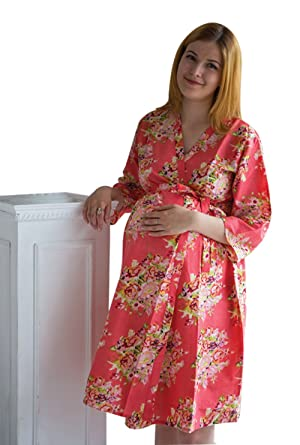 f318bde19225d My Growing Belly Coral Floral Maternity Robe - Perfect as Hospital Gown,  Labor & Birthing Gown, Nursing Robe at Amazon Women's Clothing store: