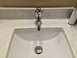 Hiendure Centerset Single Handle Antique Brass Bathroom