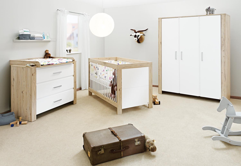 Pinolino Kinderzimmer Candeo breit groß, 3-teilig, Kinderbett (140 x 70 cm), breite Wickelkommode mit Wickelaufsatz und großer Kleiderschrank, weiß/Eiche mit Echtholzstruktur (Art.-Nr. 10 00 56 BG)
