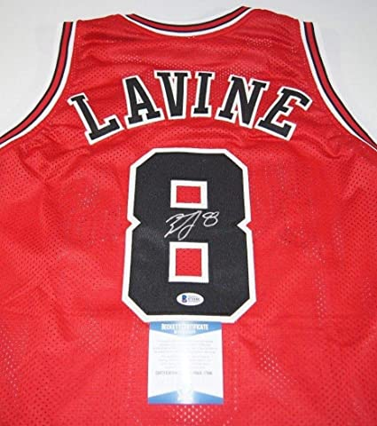 reputable site 5cef8 77c83 Bulls Zach Lavine Autographed Signed Red Jersey Beckett Bas ...