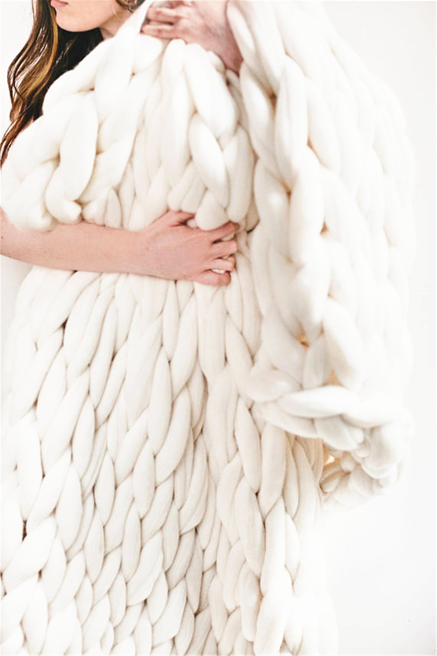 Chunky Giant Knit Thick Yarn Blanket Bulky Knit, Extreme knitting Knitted Pet Bed Chair Sofa Yoga Mat Rug (40 x 60 inches- Standard Blanket, cream)