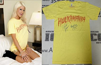 Amazon.com: Hulk Hogan Angelina Love Signed Event Worn Used ...