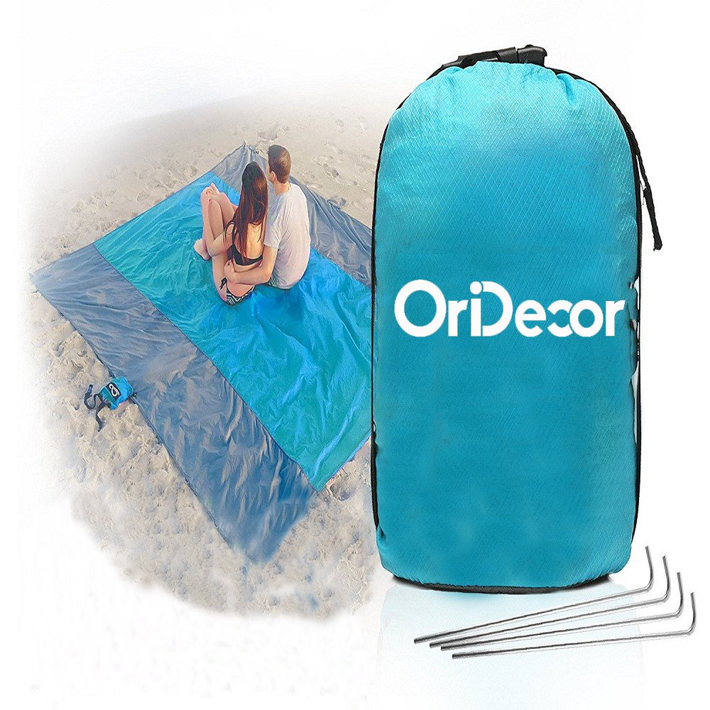 The OriDecor Outlet Large Oversized and Foldable Beach Blanket travel product recommended by Sara Skirboll on Lifney.