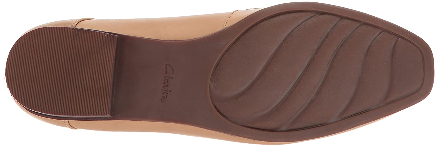 CLARKS Womens Keesha Cora Penny Loafer