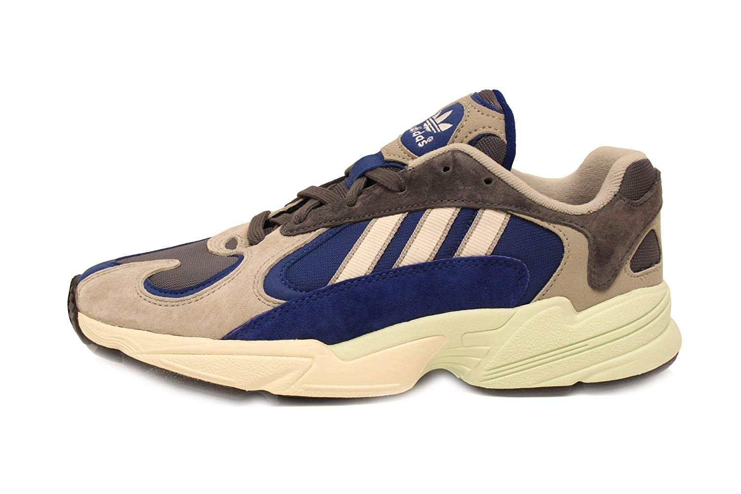 new styles 6f7ab 3d331 Amazon.com   adidas Yung-1 Mens in Sesame Grey   Fashion Sneakers