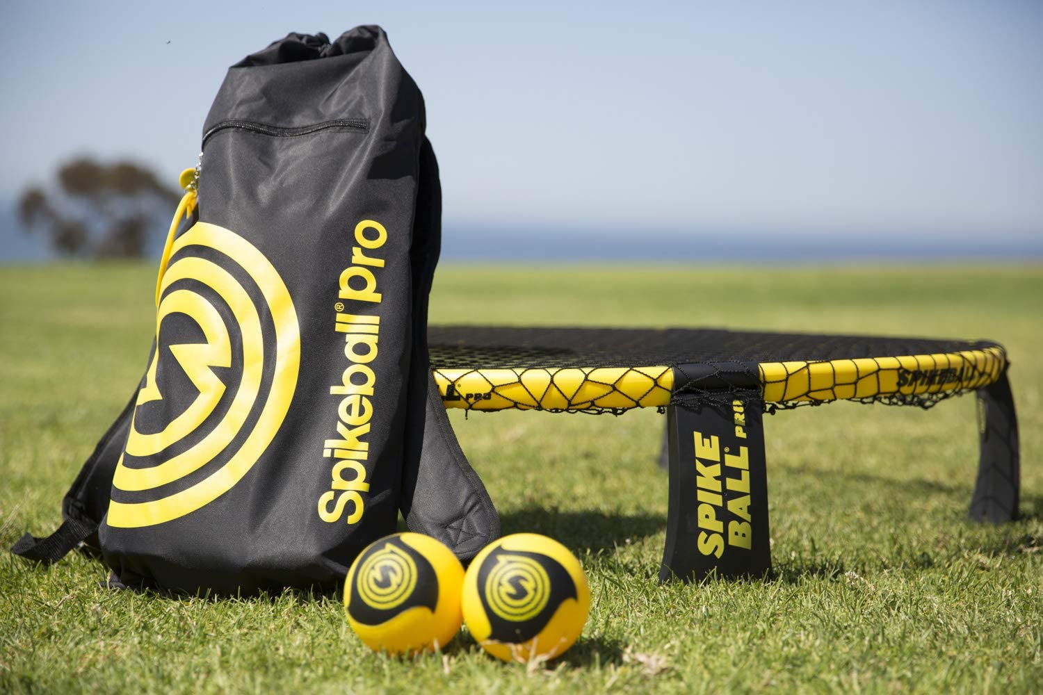Spikeball Pro Kit (Tournament Edition) - Includes Upgraded Stronger Playing Net, New Balls Designed to Add Spin, Portable Ball Pump Gauge, Backpack - ...
