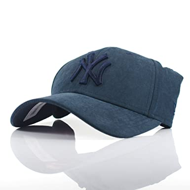 6758a691acf0f Image Unavailable. Image not available for. Colour  New Era Womens 9FORTY   Suede Tonal  New York Yankees Navy Curved Adjustable Cap