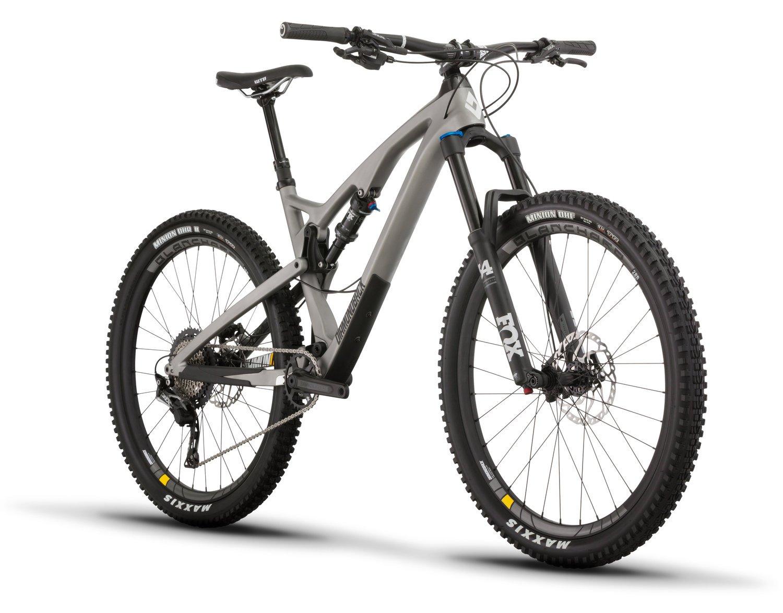 1f75859f49f Amazon.com : Diamondback Bicycles Release 4 C Carbon Full Suspension  Mountain Bike, Silver, 17